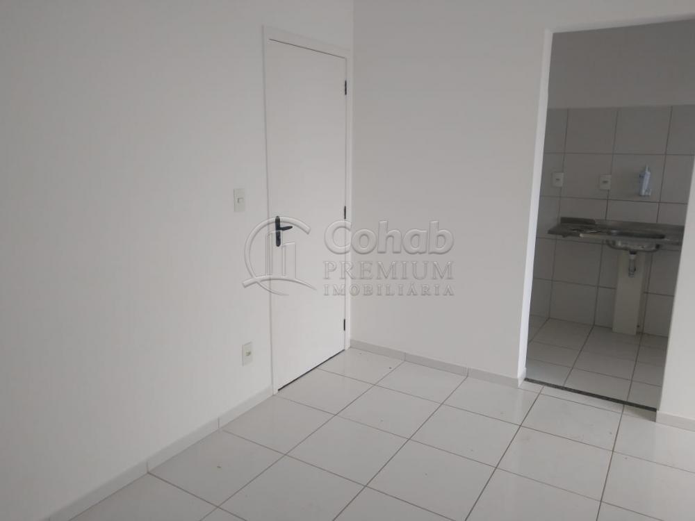Alugar Apartamento / Padrão em Aracaju R$ 600,00 - Foto 2