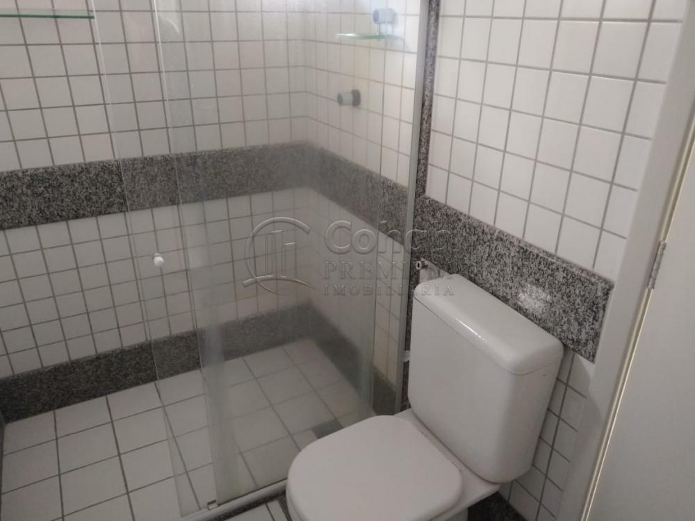 Alugar Apartamento / Padrão em Aracaju R$ 1.600,00 - Foto 9