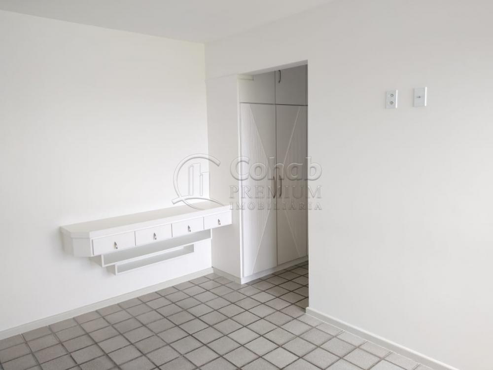 Alugar Apartamento / Padrão em Aracaju R$ 1.600,00 - Foto 13