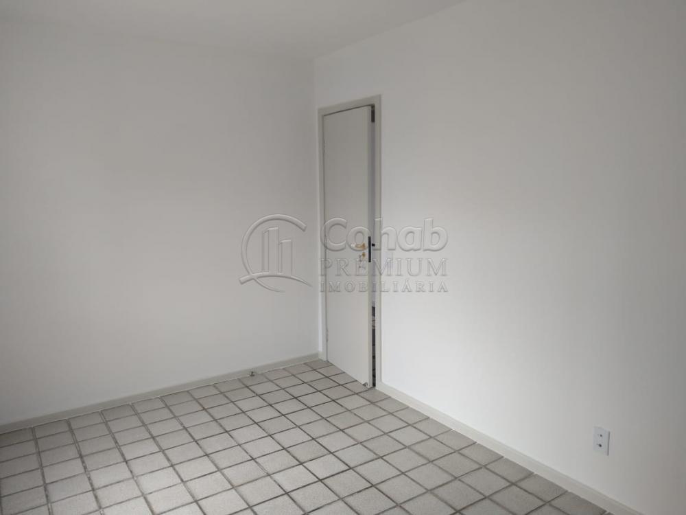 Alugar Apartamento / Padrão em Aracaju R$ 1.600,00 - Foto 17