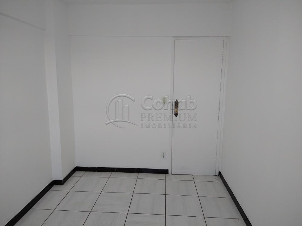 Alugar Apartamento / Padrão em Aracaju R$ 1.100,00 - Foto 8