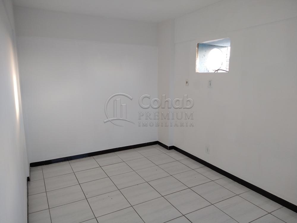Alugar Apartamento / Padrão em Aracaju R$ 1.100,00 - Foto 12