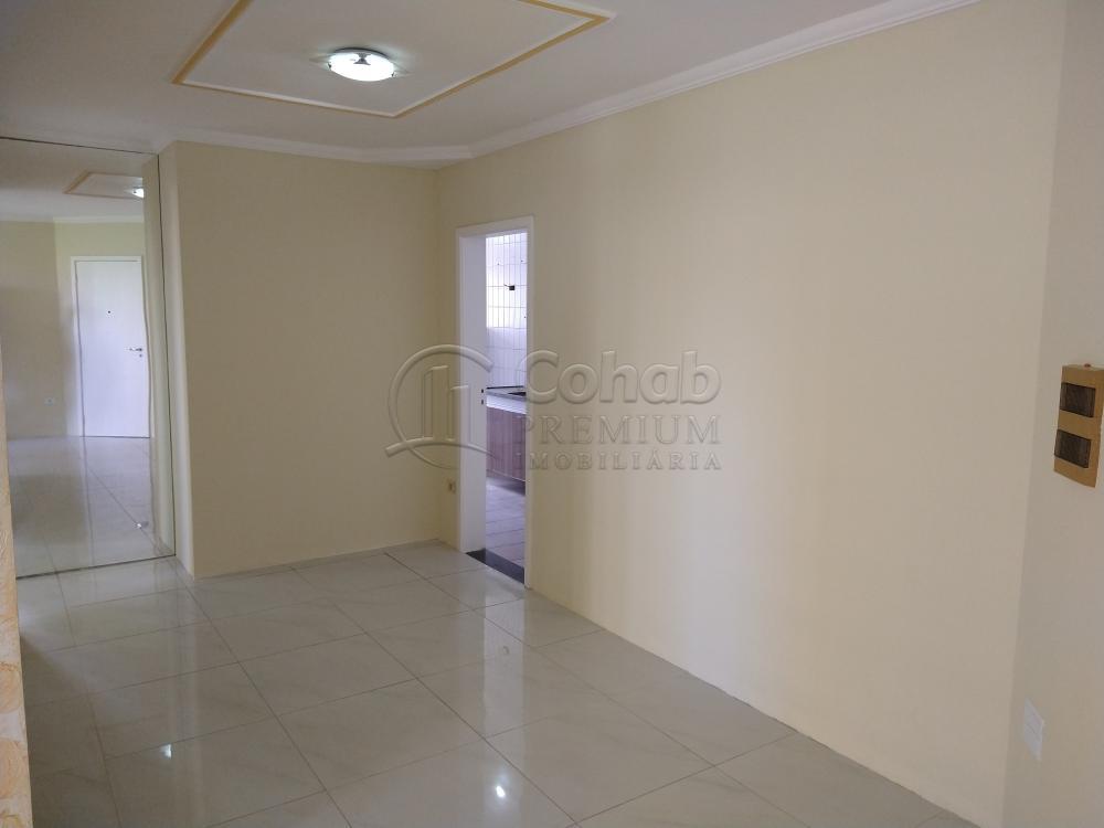 Alugar Apartamento / Padrão em Aracaju R$ 1.100,00 - Foto 3