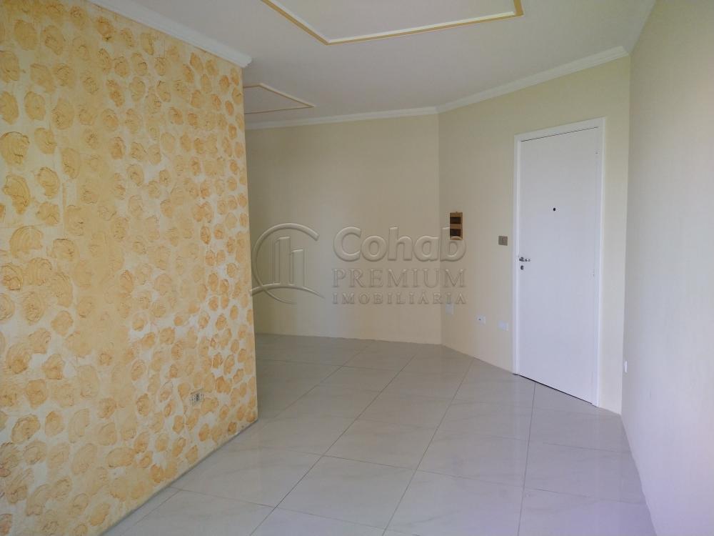 Alugar Apartamento / Padrão em Aracaju R$ 1.100,00 - Foto 4