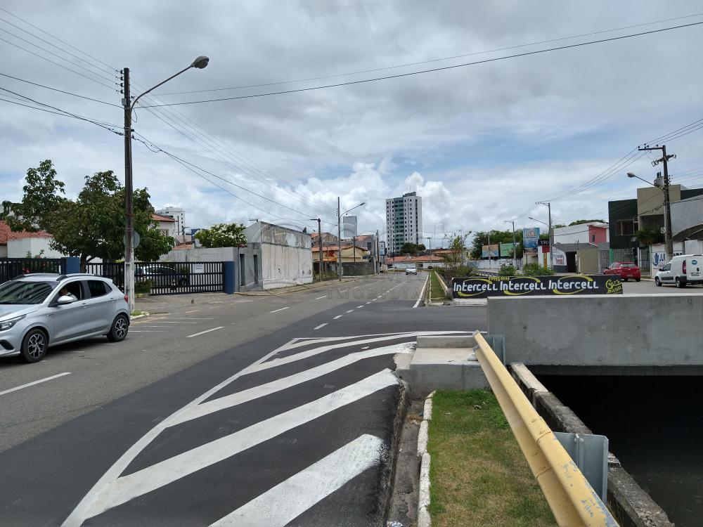 Alugar Comercial / Sala em Aracaju R$ 1.100,00 - Foto 19