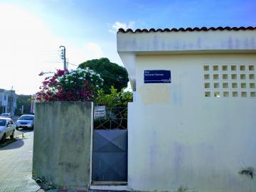 Alugar Comercial / Casa em Aracaju. apenas R$ 1.400,00