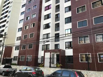 Alugar Apartamento / Padrão em Aracaju. apenas R$ 1.000,00