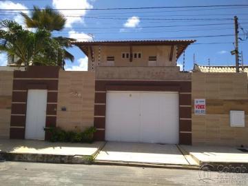 Alugar Casa / Padrão em Aracaju. apenas R$ 750.000,00