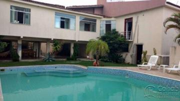 Alugar Casa / Padrão em Aracaju. apenas R$ 900.000,00