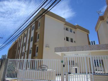 Alugar Apartamento / Padrão em Aracaju. apenas R$ 1.300,00