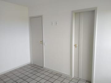 Alugar Apartamento / Padrão em Aracaju R$ 1.600,00 - Foto 8