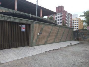 Alugar Casa / Padrão em Aracaju. apenas R$ 525.000,00
