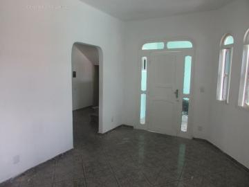 Alugar Casa / Padrão em São Cristóvão. apenas R$ 210.000,00