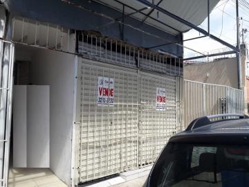 Alugar Casa / Padrão em Aracaju. apenas R$ 300.000,00