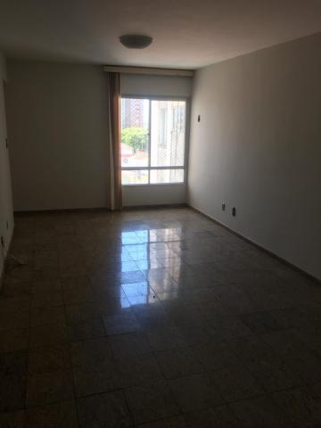 Apartamento / Padrão em Aracaju , Comprar por R$200.000,00