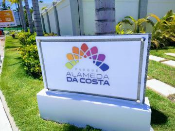 Apartamento / Padrão em Barra dos Coqueiros Alugar por R$600,00