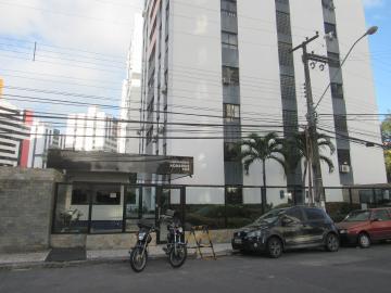 Apartamento / Padrão em Aracaju Alugar por R$1.600,00