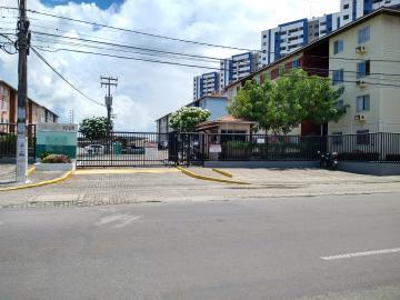 Apartamento / Padrão em Aracaju Alugar por R$900,00
