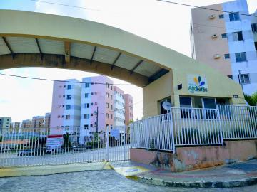 Alugar Apartamento / Padrão em São Cristóvão. apenas R$ 550,00